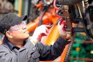 Manutenção de máquina á gasolina
