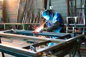 Fabricação de portões, grades e basculantes