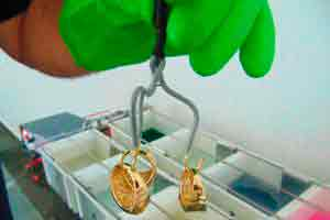 Banho de ouro e galvanoplastia