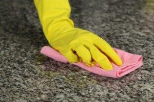 Limpeza e Manutenção de Pisos e Pedras