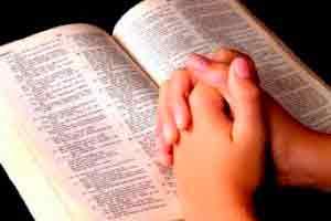 Leitura de Bíblia