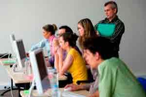 Introdução à Capacitação para Professores de Laboratório de Informática