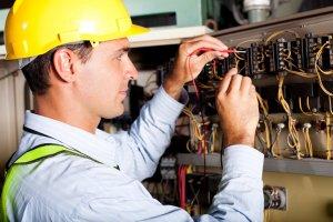 Básico de Eletricista de Rede