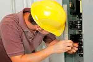 Eletricista de Manutenção Profissional