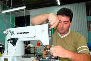 Mecânico de Máquina de Costura Profissional