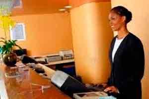 Recepcionista de Hotel Profissional